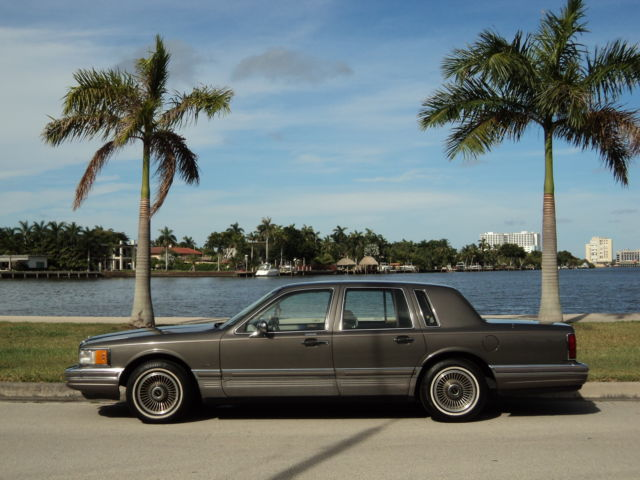1990 Lincoln Town Car One Owner Serviced Low 70k Miles Non Smoker No