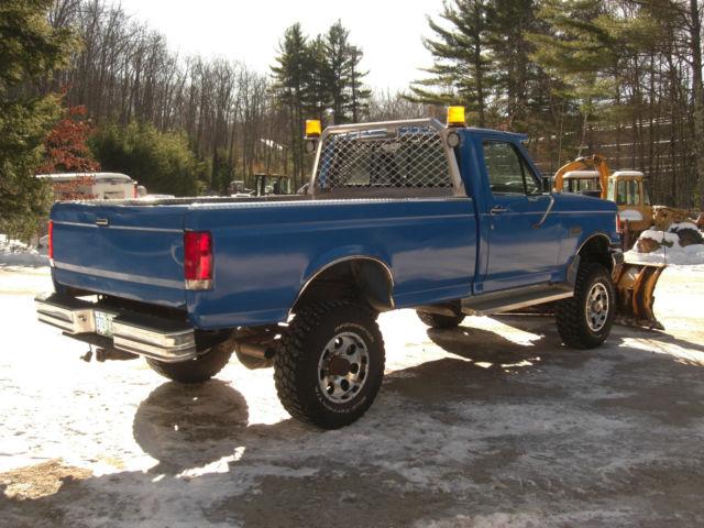 1991 Ford F350 4x4 7.3L diesel 5 speed v plow clean truck