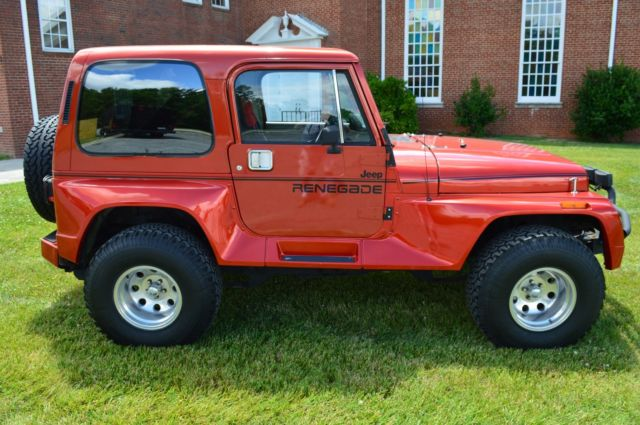 1991 jeep wrangler renegade with hard top fully restored look video. Black Bedroom Furniture Sets. Home Design Ideas