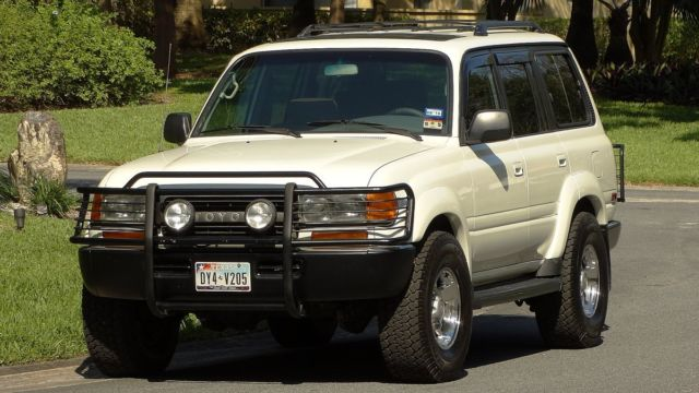 1991 land cruiser all wheel drive third row seat exceptional condition must see. Black Bedroom Furniture Sets. Home Design Ideas