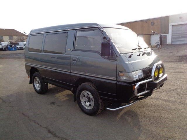 1991 mitsubishi delica minivan awd 4x4 syncro 2 5l turbo diesel no reserve. Black Bedroom Furniture Sets. Home Design Ideas
