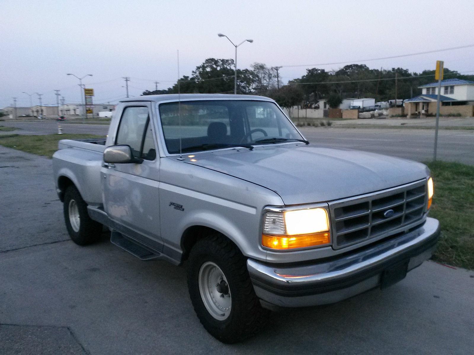 1992 ford f 150 custom standard cab pickup 2 door 5 0l flare side. Black Bedroom Furniture Sets. Home Design Ideas
