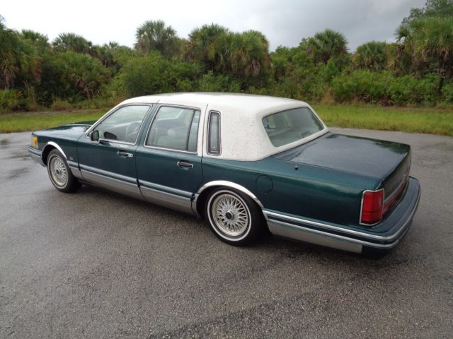 1992 Lincoln Town Car Jack Nicklaus Edition