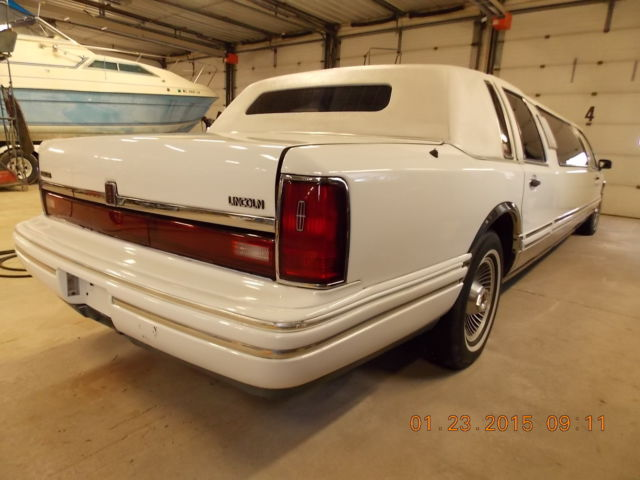 1992 Lincoln Town Car Limo T1240958 For Sale In New London