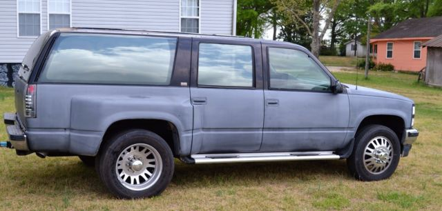 1993 Chevrolet Suburban 3/4 ton Dually 4x4 Must See