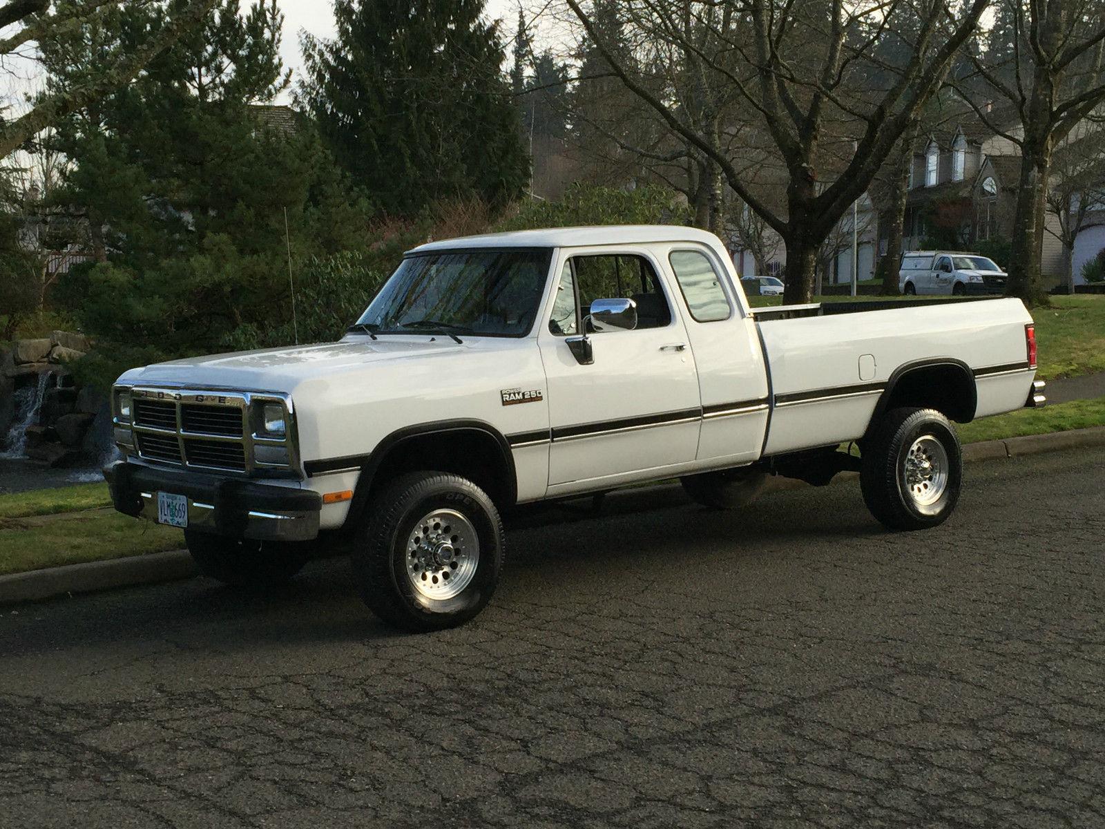1993 dodge ram 2500 4x4 extra cab cummins diesel first gen 116k miles like new for sale in. Black Bedroom Furniture Sets. Home Design Ideas