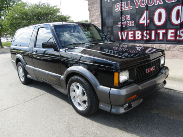1993 gmc jimmy typhoon awd 28k miles very rare extremely clean. Black Bedroom Furniture Sets. Home Design Ideas