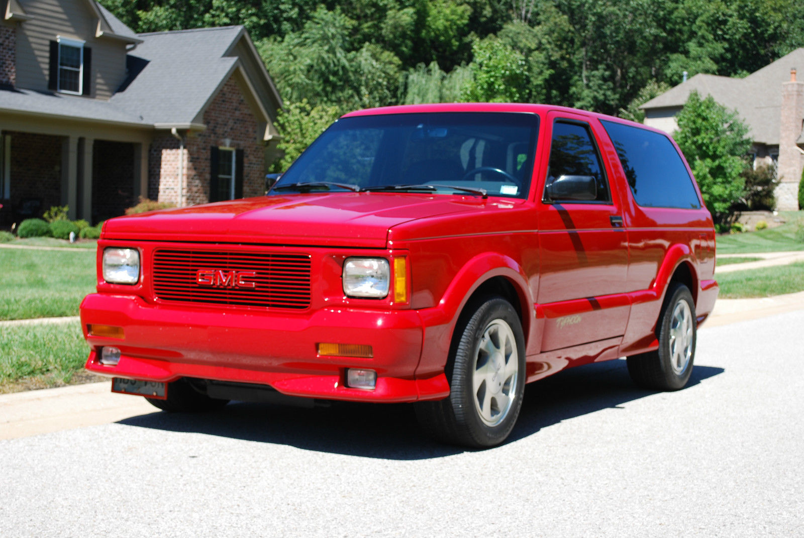1993 gmc typhoon immaculate 100 original 2 owner low mile rare red syclone. Black Bedroom Furniture Sets. Home Design Ideas