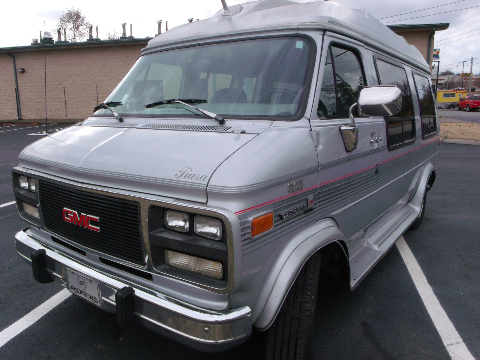 1993 GMC VANDURA CONVERSION VAN