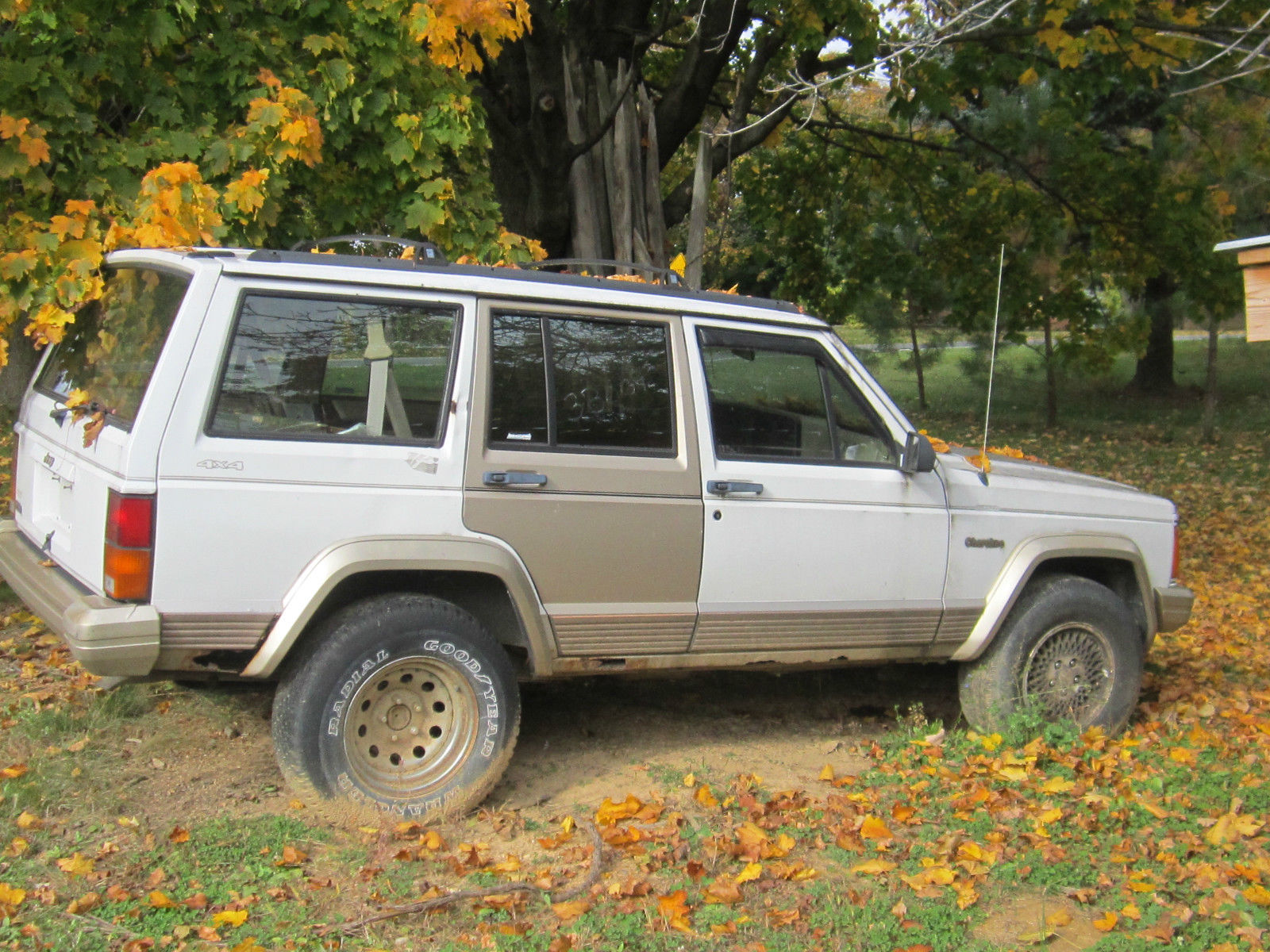1993 Jeep Cherokee Country Sport Utility 4 Door 40l Plus Parts 1990cherokee For