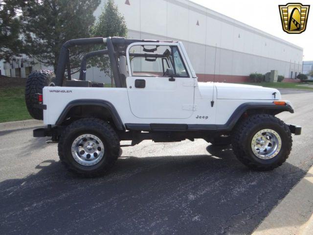 1993 jeep wrangler 120553 miles white suv straight 6 cylinder engine 4 0l 242 a. Black Bedroom Furniture Sets. Home Design Ideas