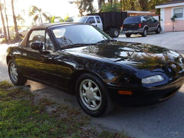 1993 mazda mx 5 miata 5 speed manual convertible 1992 1991 1994 1995 rh classicvehicleslist com 1992 Mazda MX-5 Race Car 1992 Mazda MX-5 Race Car
