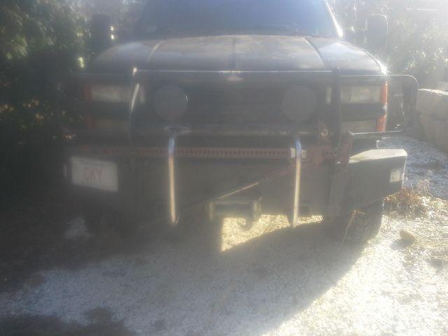 1994 Chevy Suburban Doomsday Prepper Bugout