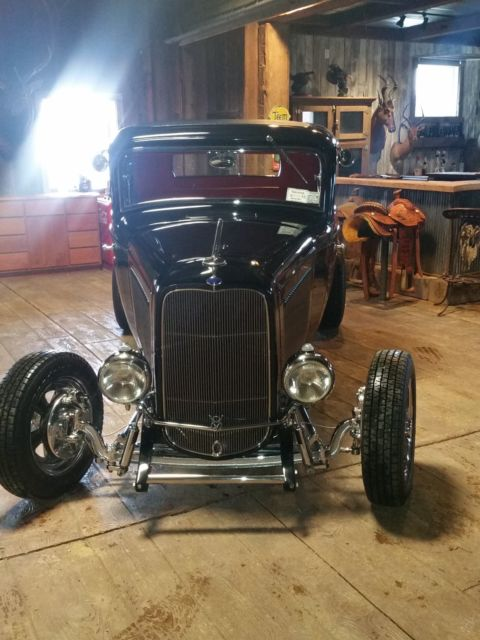 32 Ford - 3 Window Highboy