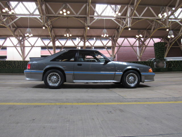 33 571 Original Mile 1987 Ford Mustang 5 0 5 Speed Fox Body