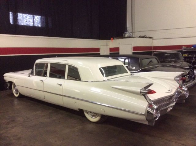 59 Cadillac Fleetwood 75 Limousine