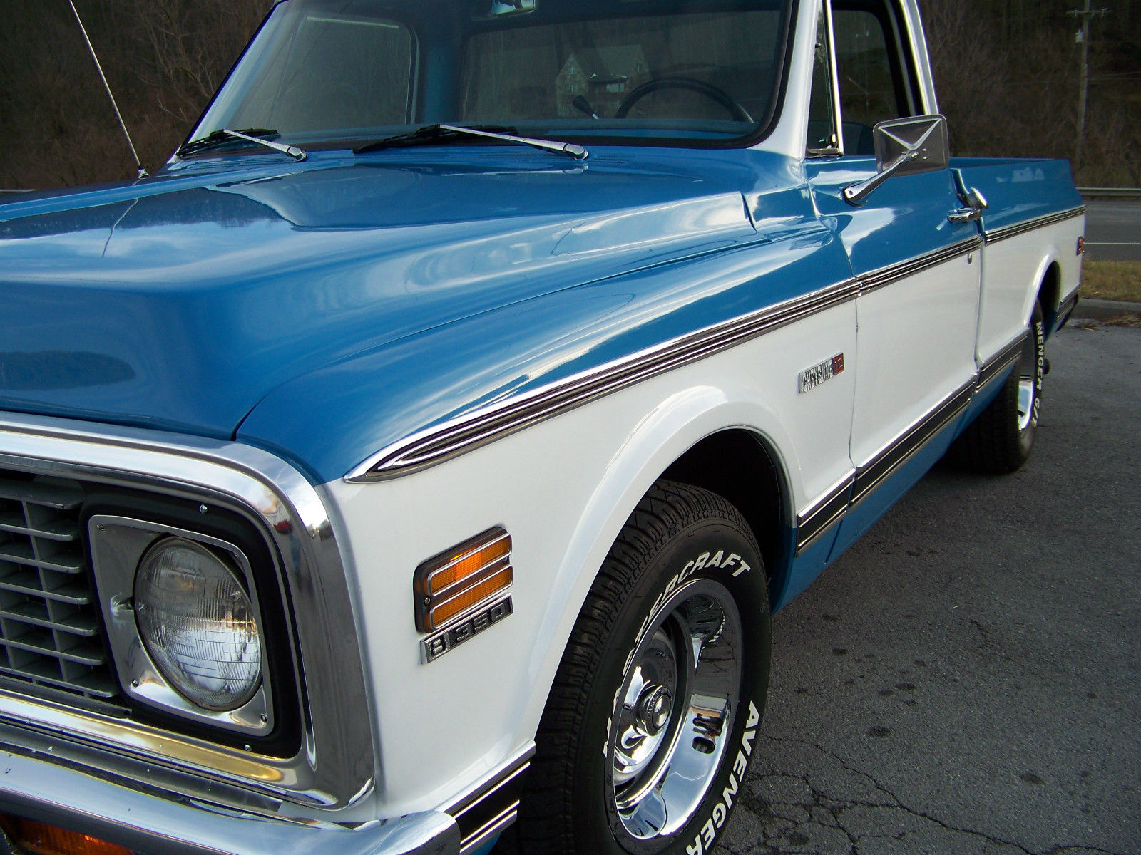 72 CHEVROLET C10 SHORT BED 350 AUTOMATIC VERY NICE!