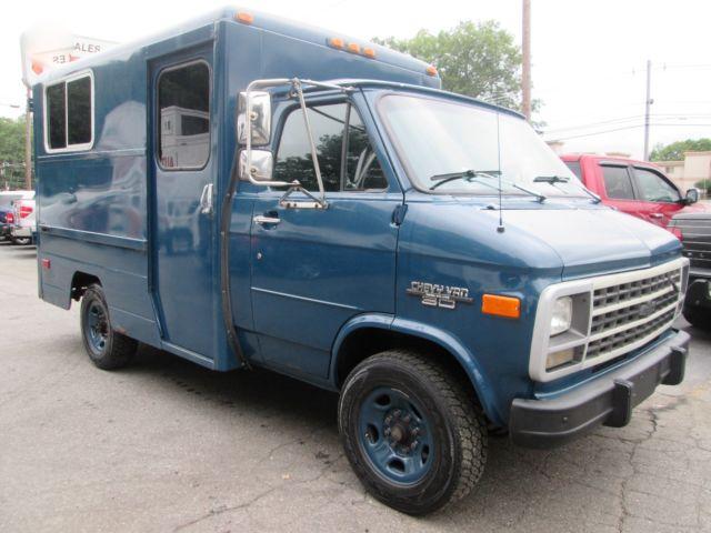 93 Chevy G30 1 Ton Cube Van 1 Town Owner 31k Miles Diesel