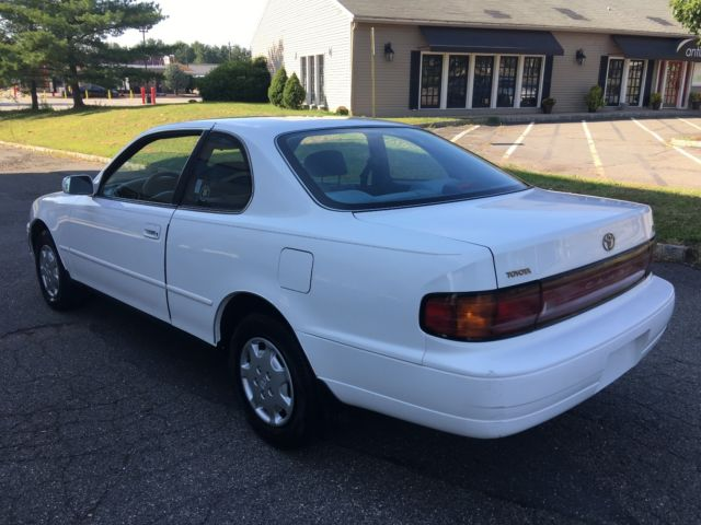 94 Toyota Camry Le 2 Door Only 92k Miles One Owner Runs