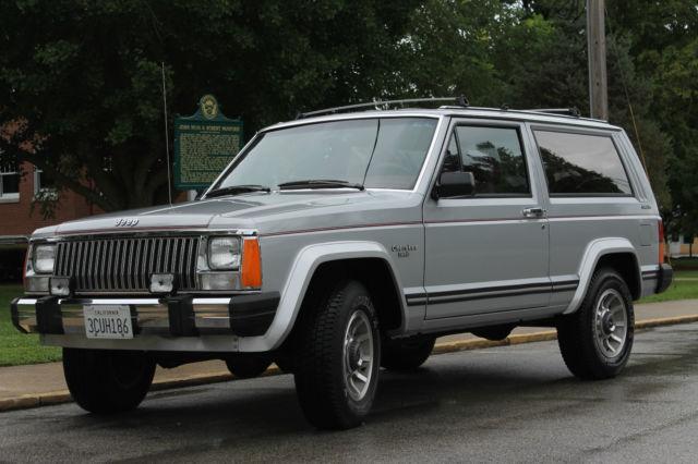 985 jeep cherokee laredo 4wd low miles survivor. Black Bedroom Furniture Sets. Home Design Ideas