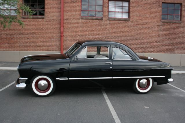 a beautiful 1950 ford coupe club custom. Black Bedroom Furniture Sets. Home Design Ideas