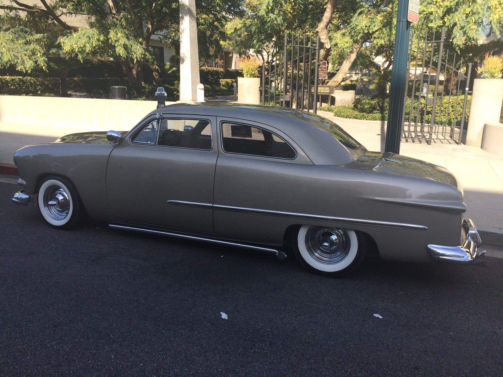 Amazing 1951 ford shoebox custom chopped 1951 ford other for sale in beverly hills california united states