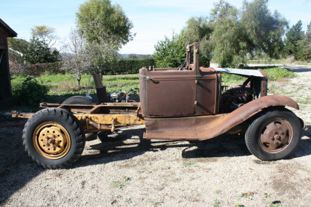 ANTIQUE 1930s FORD MODEL AA TRUCK PROJECT