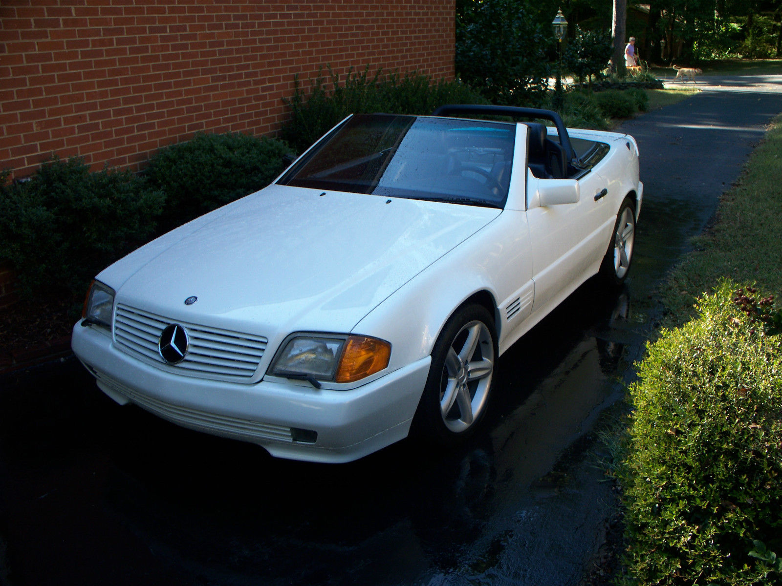 beautiful white 1992 mercedes sl 300 convertible. Black Bedroom Furniture Sets. Home Design Ideas