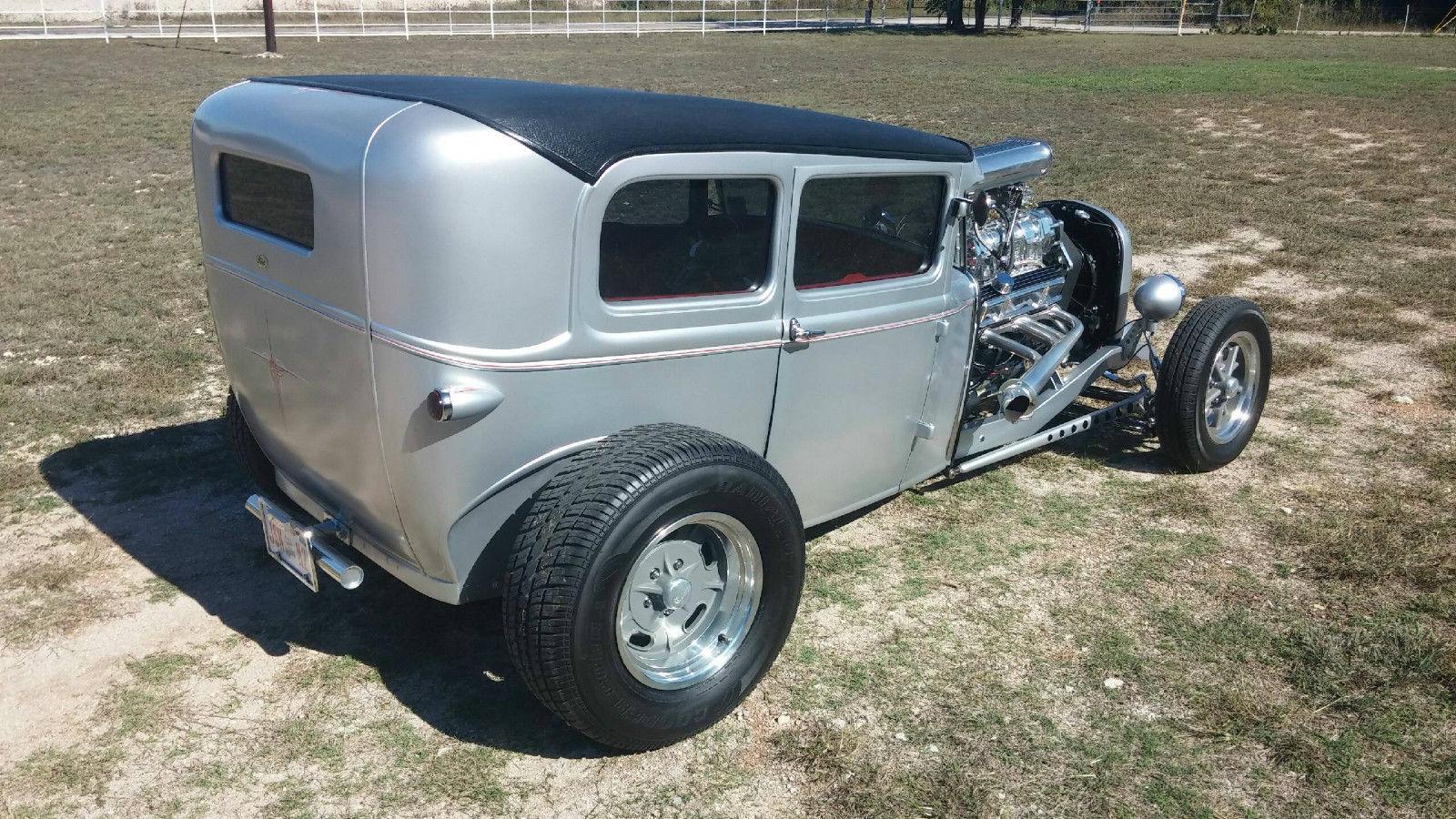 Blown 1930 ford 2 door sedan street rod for 1930 ford model a two door sedan