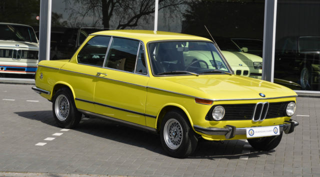 bmw 2002 tii 1975 golf yellow mint car never welded. Black Bedroom Furniture Sets. Home Design Ideas