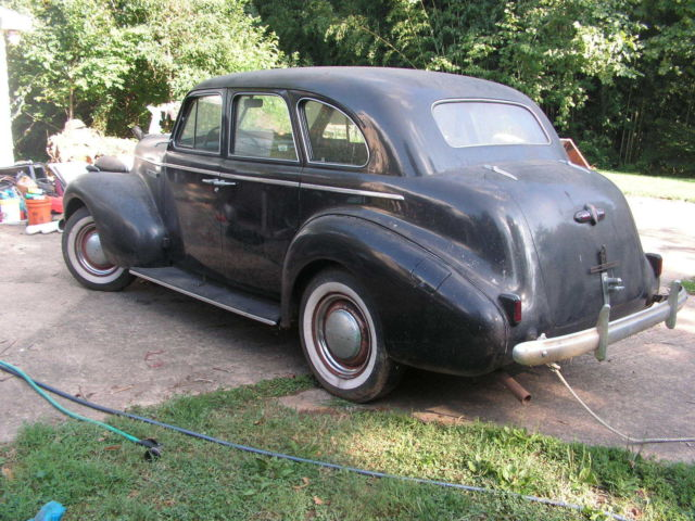 Buick 1939 Special 4 Door Sedan Suicide Doors