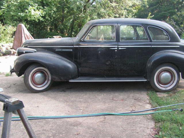 Buick 1939 Special 4 Door Sedan Suicide Doors
