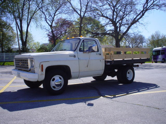 Chevrolet Parts Des Moines >> Chevy C30 One Ton Dually Flatbed Stakebed