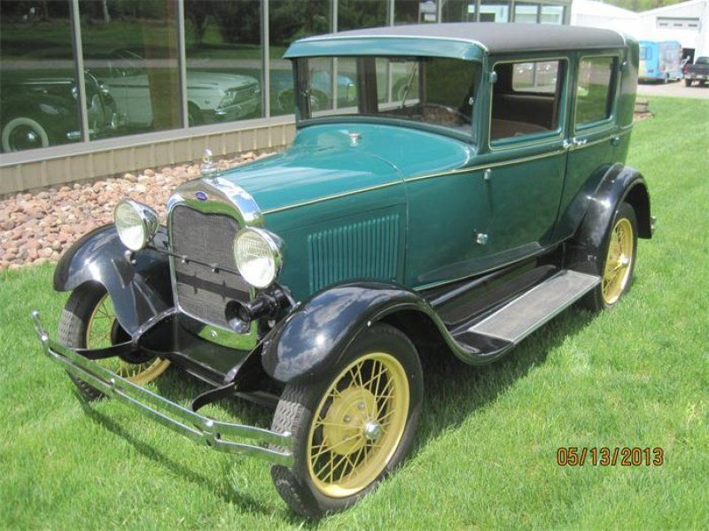 Classic 1929 ford 4 dr model a 4 door steel back briggs body for Classic motor cars of ellington