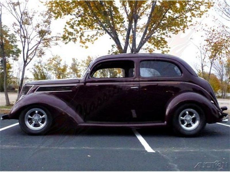 Classic 1937 ford humpback used automatic rearwheeldr for 1937 ford 4 door humpback