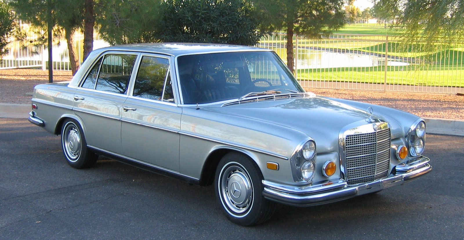 Classic 1972 mercedes benz 280sel 4 5l for Mercedes benz of chandler arizona
