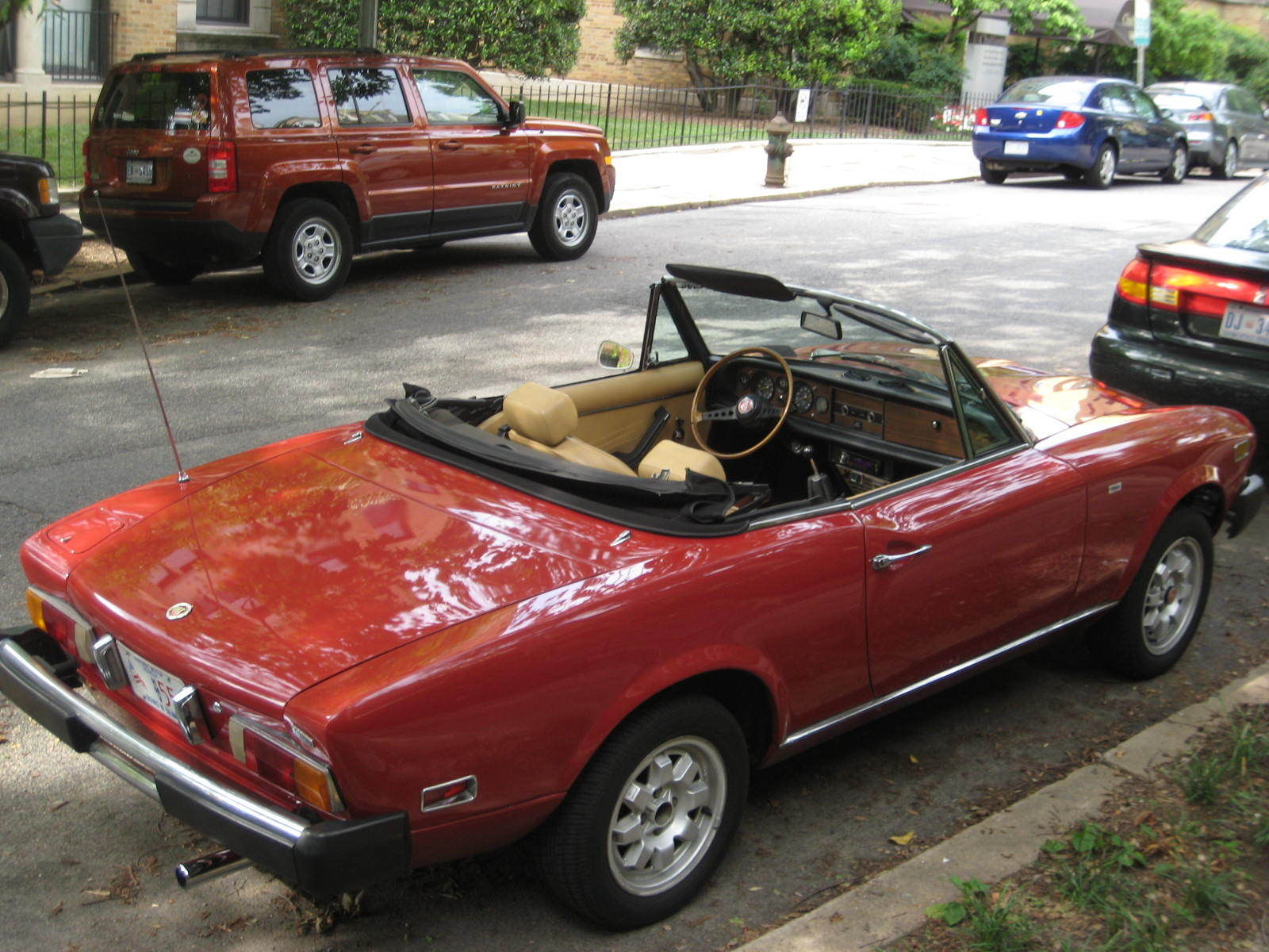 classic 1978 fiat spider convertible beautiful condition. Black Bedroom Furniture Sets. Home Design Ideas