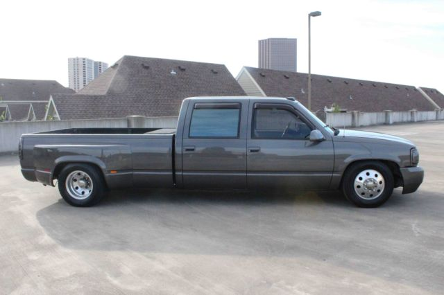 classic custom chevy chevrolet silverado dually show truck c k3500 crew cab. Black Bedroom Furniture Sets. Home Design Ideas