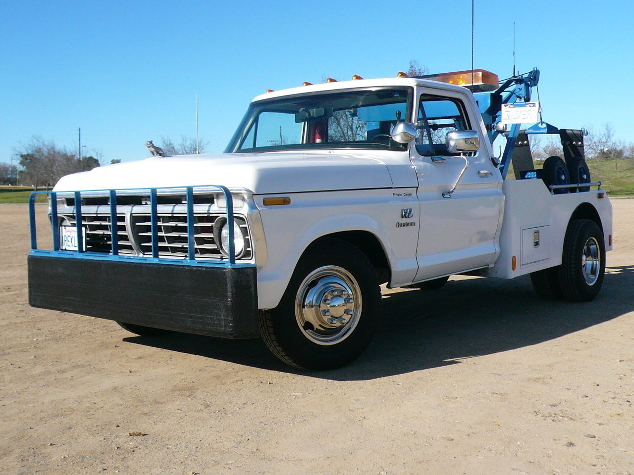 classic ford f 350 wrecker tow truck very nice clean original weld built vintage. Black Bedroom Furniture Sets. Home Design Ideas