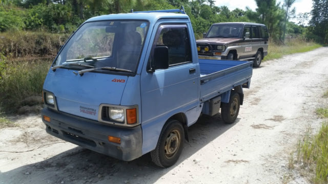 daihatsu hijet mini truck 4wd road legal low miles good condition