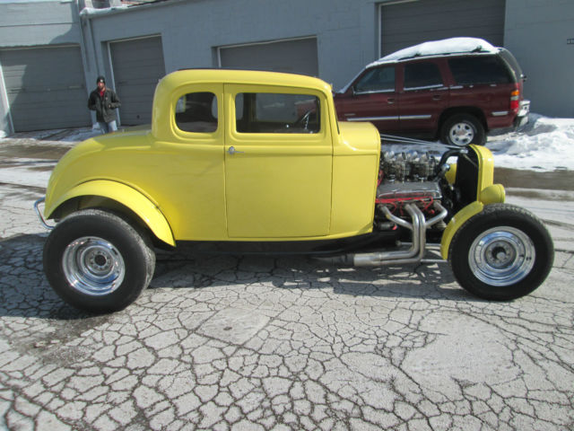 ford 1932 deuce coupe american graffiti clone. Black Bedroom Furniture Sets. Home Design Ideas