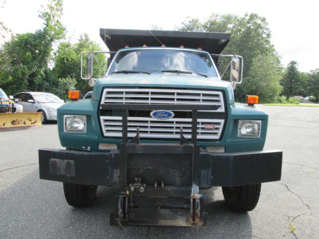 ford f8000 dump truck 1 town owner 33k original miles diesel solid strong truck. Black Bedroom Furniture Sets. Home Design Ideas