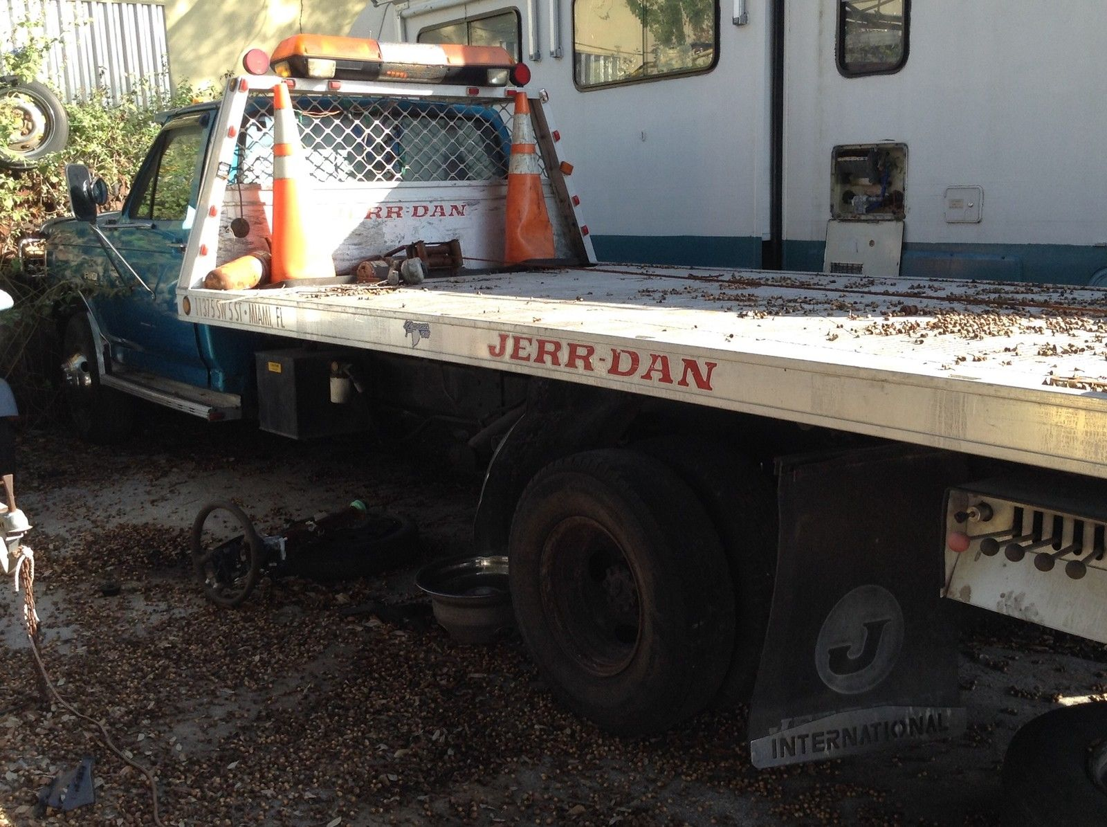 Ford super duty Rollback -Aluminum Flat Bed tow truck - Dual Carrier for sale in Miami, Florida ...