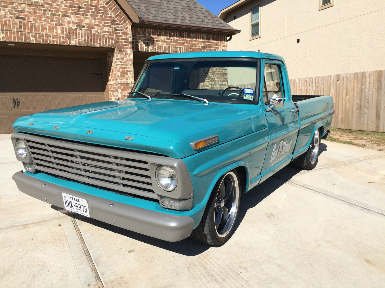 Gas monkey garage built ford f100 short bed truck for Garage ford valenciennes