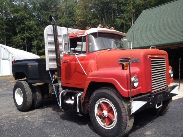International Tractor Spindle : International fleetstar single axle tractor started