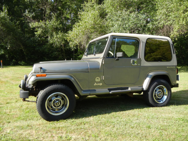 Jeep: Wrangler YJ Sahara
