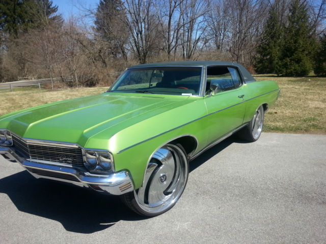 Like New 1970 Chevy Impala Vinyl Top Lime Green