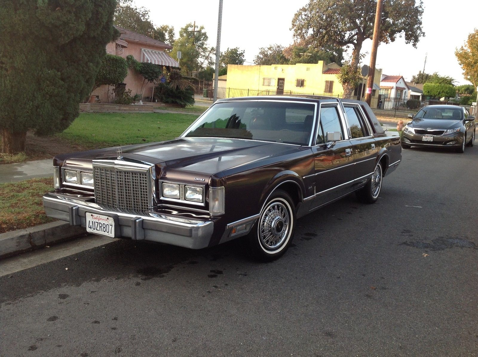 Lincoln Town Car Signature Series 1987 No Reserved Price 90 451