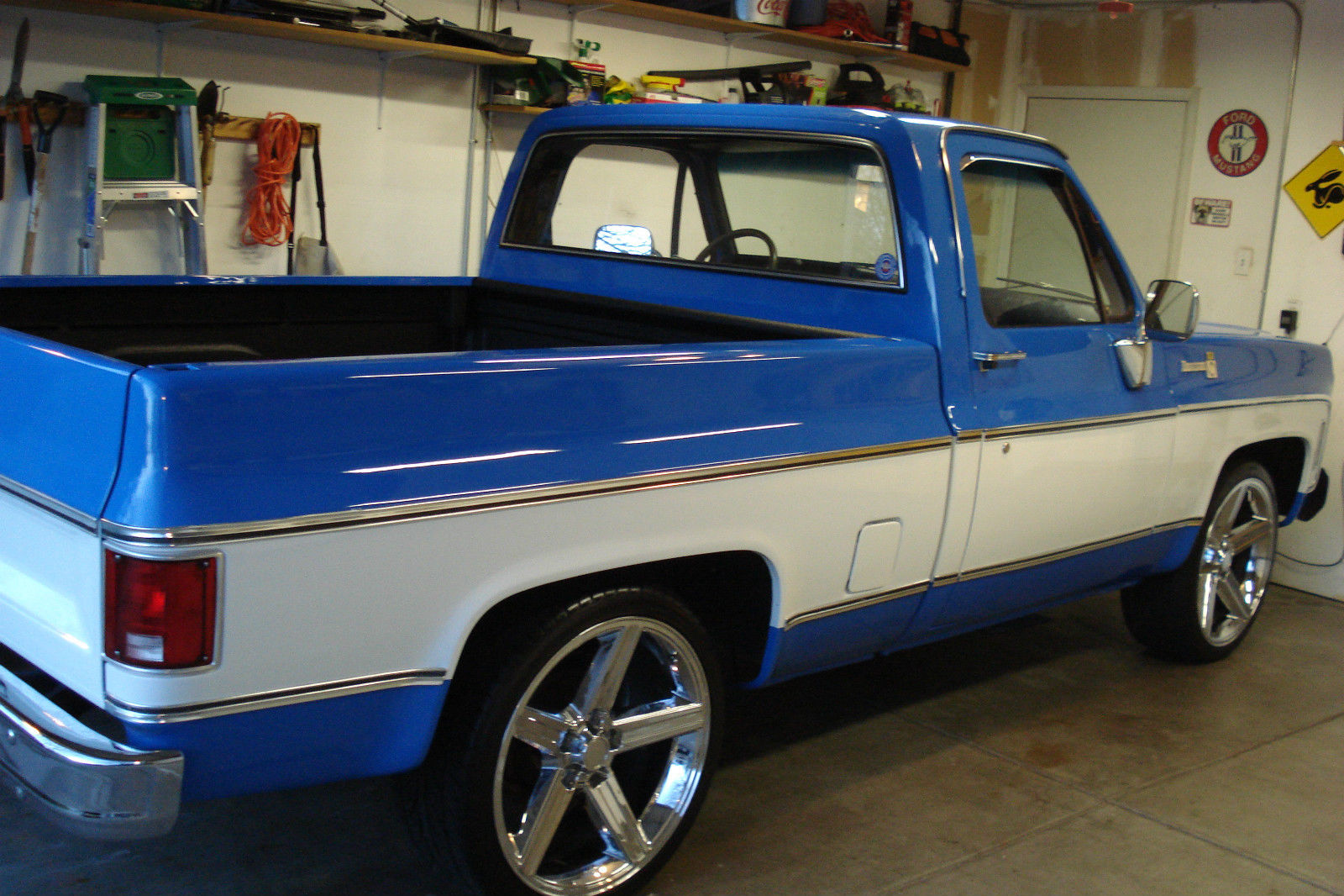 look 1979 chevy c 10 pickup bonanza edition shortbed awesome truck. Black Bedroom Furniture Sets. Home Design Ideas