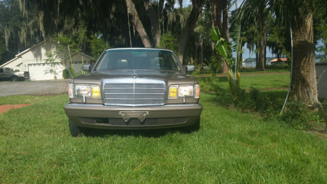 Mercedes 560SEL in BEAUTIFUL Desert Taupe with just over 106,000
